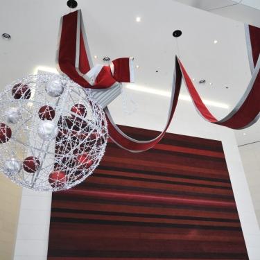 Retail Christmas Displays