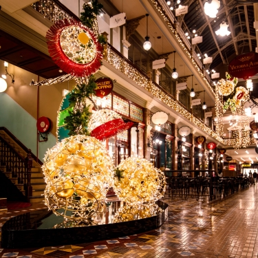 The Strand Chirstmas Displays