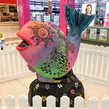 Pink and Graphic Fish Sculpture Display