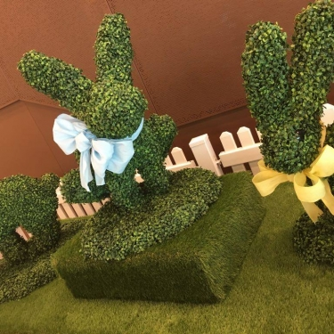 Easter Bunnies Topiary Props